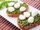 Рецепта Здравословни сандвичи с песто и моцарела